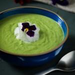 Pea soup with leeks.